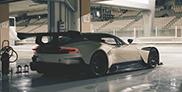 Top Gear drives the Aston Martin Vulcan