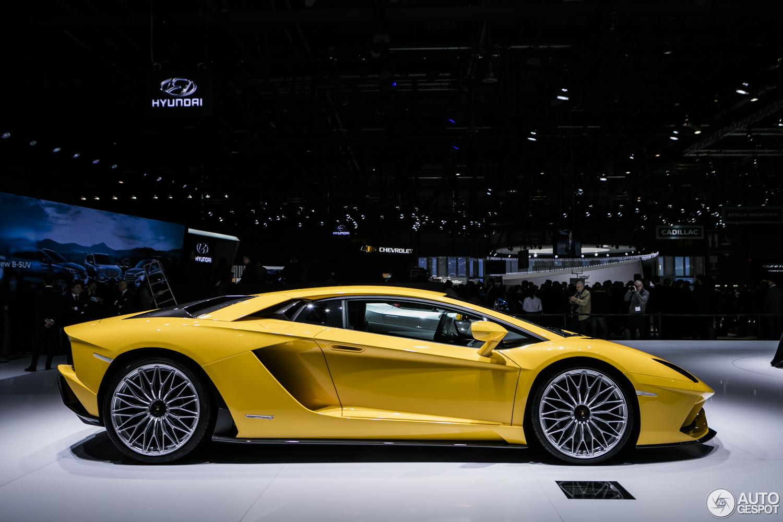 Geneva 2017: Lamborghini Aventador S