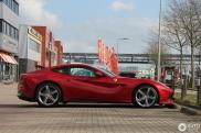 Gespot: Ferrari F12Berlinetta