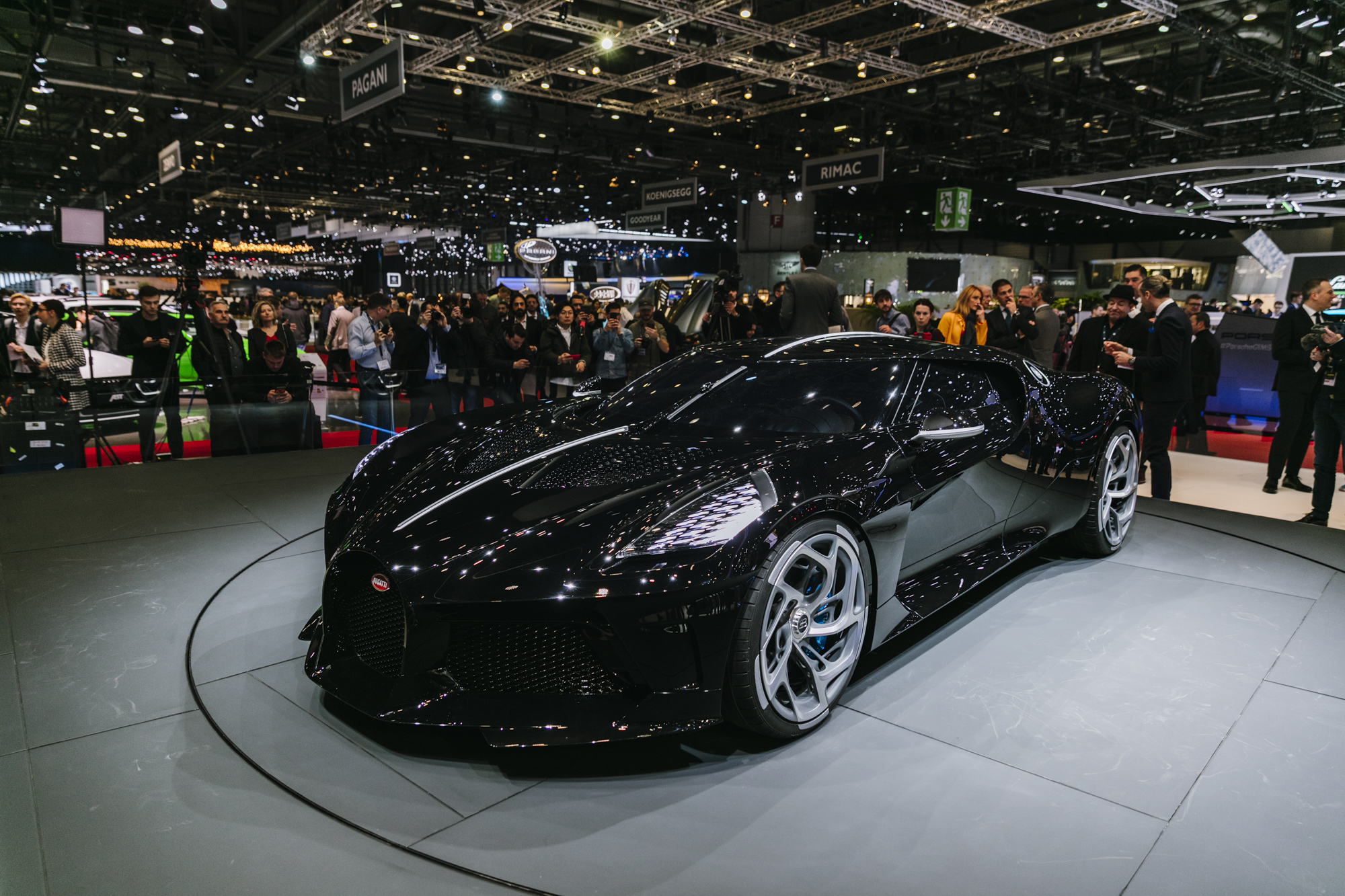 The Bugatti La Voiture Noire Has The Nicest Rear End In: Geneva 2019: Bugatti La Voiture Noire