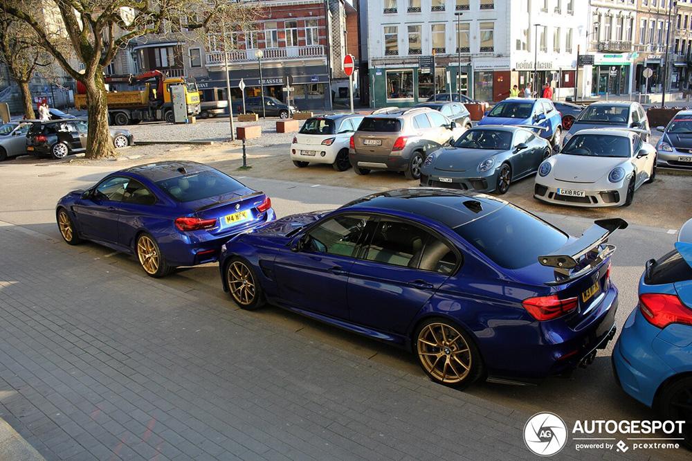 Blauwe BMW Combo is om je vingers bij af te likken