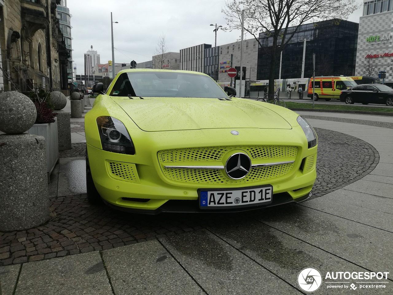 Hebben jullie alle Mercedes-Benz SLS AMG Electric drive nu gespot?