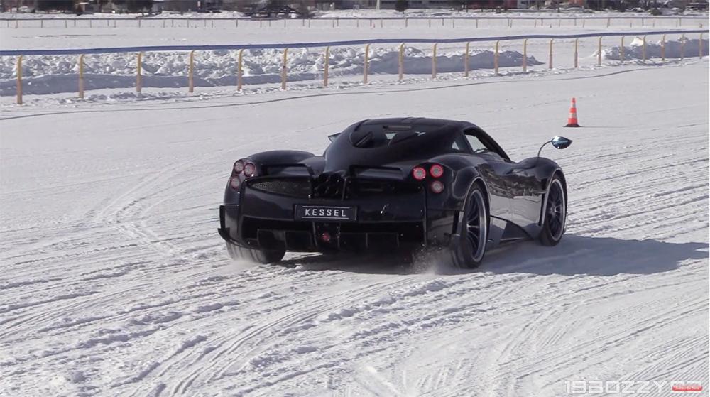 视频:圣莫里兹冰天超跑活动
