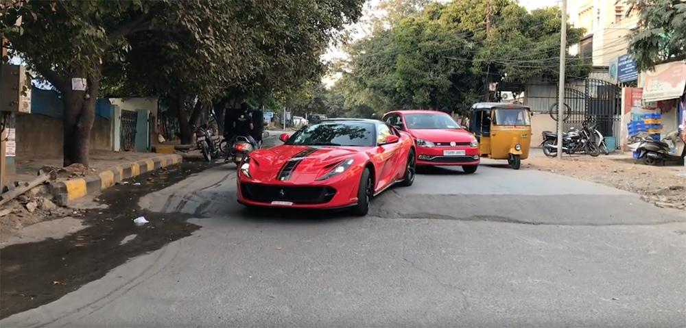 Filmpje: het leven van een supercar eigenaar in Hyderabad, India
