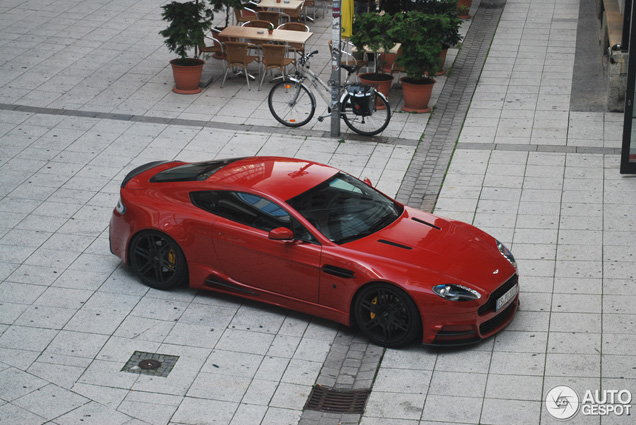 Brutal and classy: Aston Martin Mansory V8 Vantage