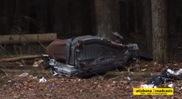 Le conducteur d'une Ferrari California survit à un crash violent