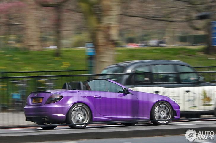 Does purple make the Mercedes-Benz SLK a womens car?