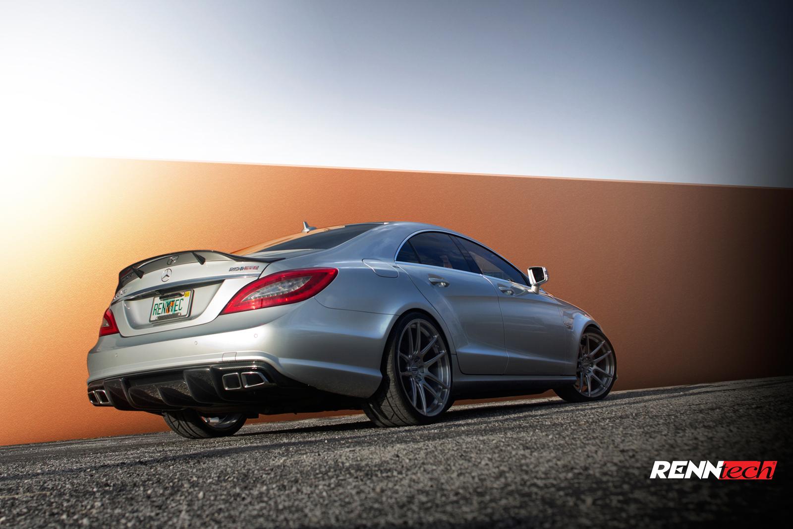 Renntech Adds Carbon Fiber Details To The Mercedes Benz