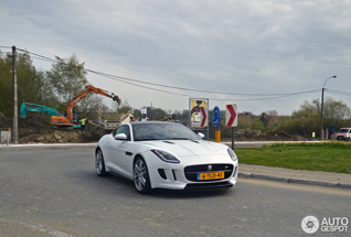 Jaguar F-TYPE R Coupé is een lekker ding!