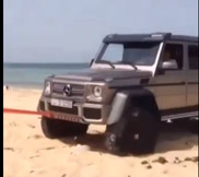 Video: anche una Mercedes-Benz G 63 AMG 6x6 può rimanere bloccata