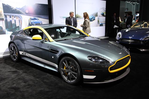 New York 2014: Aston Martin DB9 Carbon Edition & Vantage GT