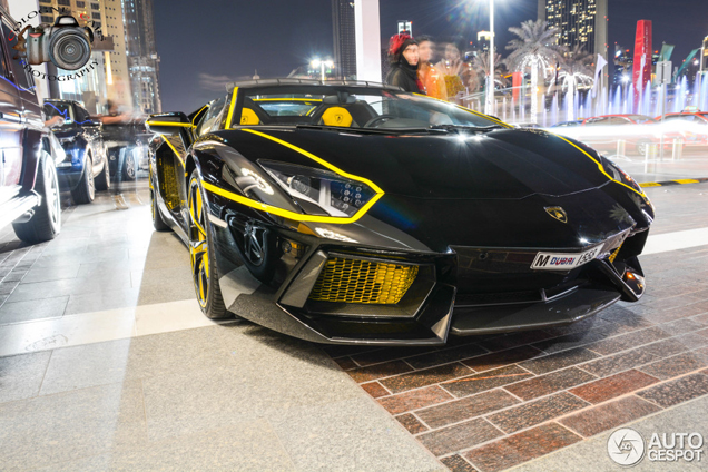 arab gets a bit too crazy with this yellow and black aventador
