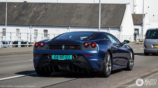 Ferrari 430 Scuderia: mooi blauw is niet lelijk