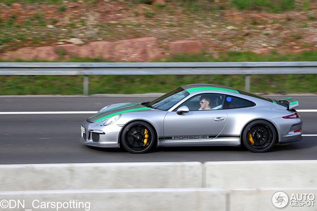911 R: het lekkerste van Porsche