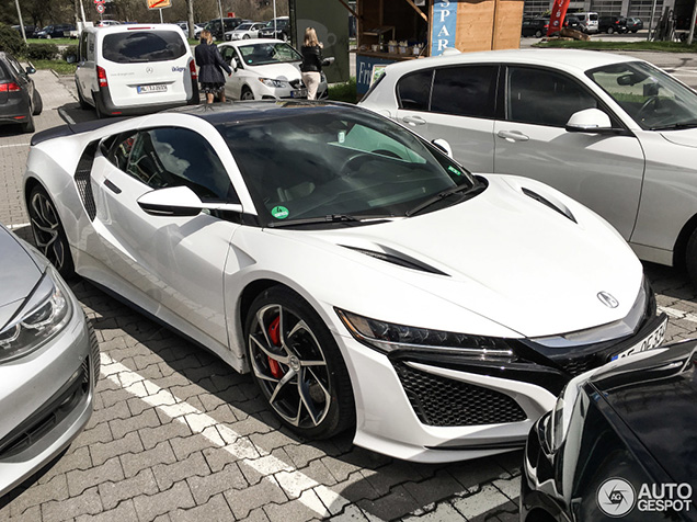 Gespot: Acura NSX 2016