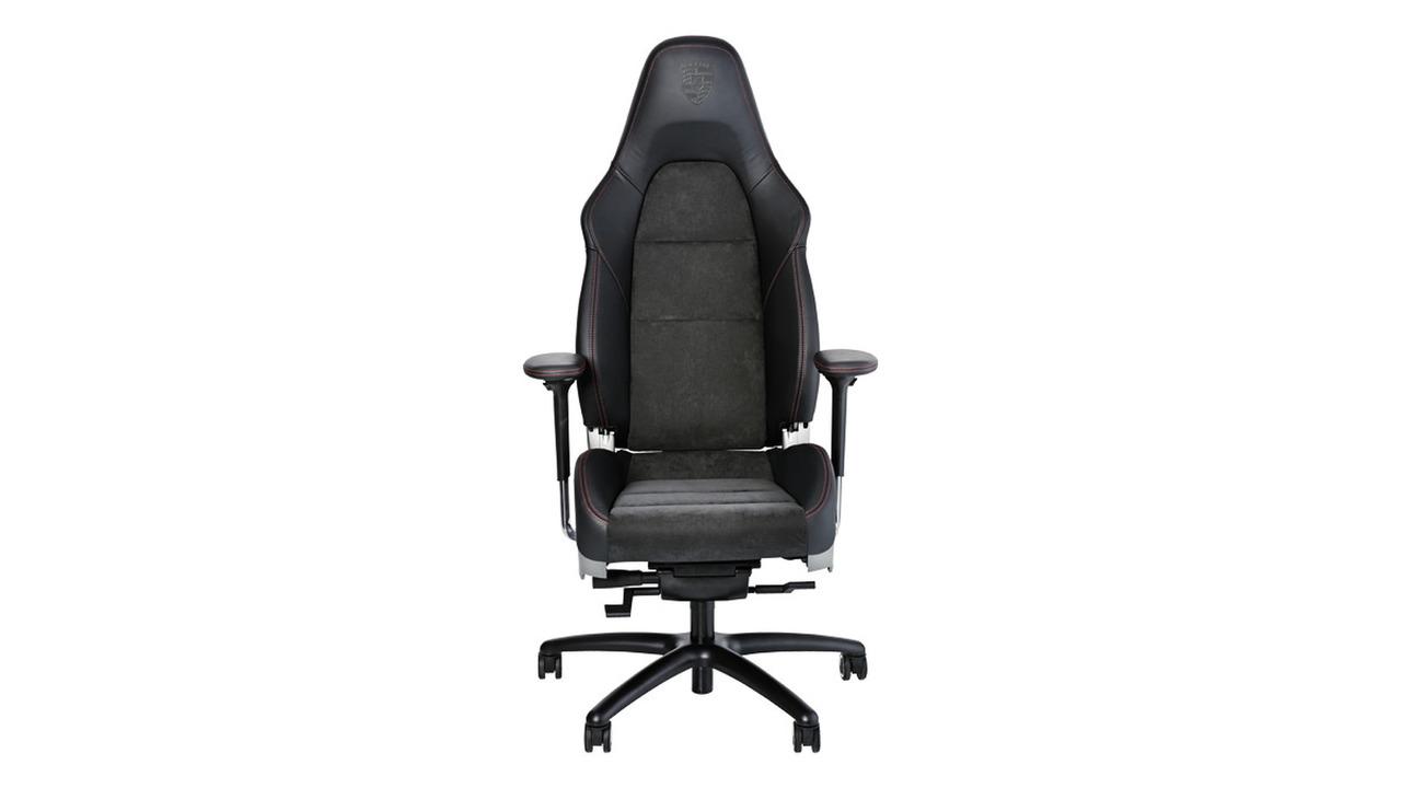 Racen op kantoor: de Office Chair RS