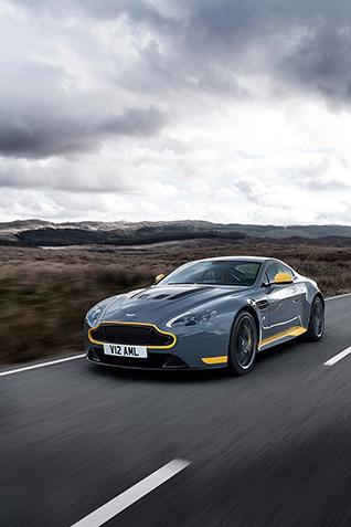 Aston Martin V12 Vantage S: update + handbak voor 2017