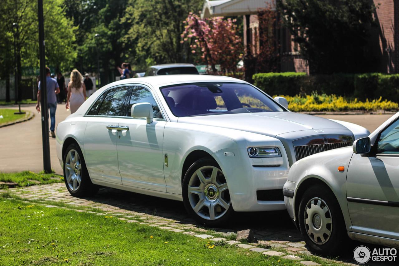Rolls-Royce Ghost verliest zijn kleur
