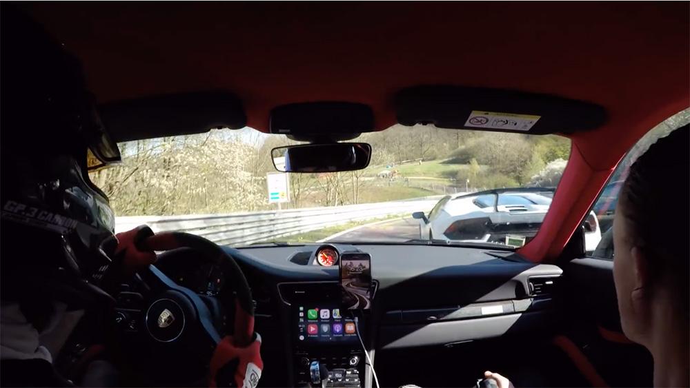 Filmpje: Porsche en Lamborghini gaan compleet los op de Ring