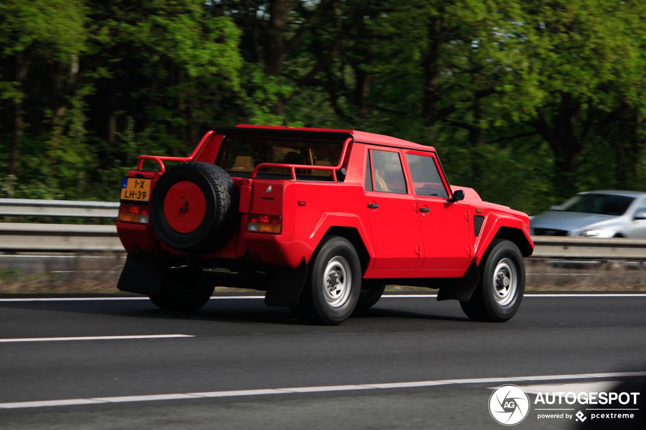 Spot van de dag: Lamborghini LM002