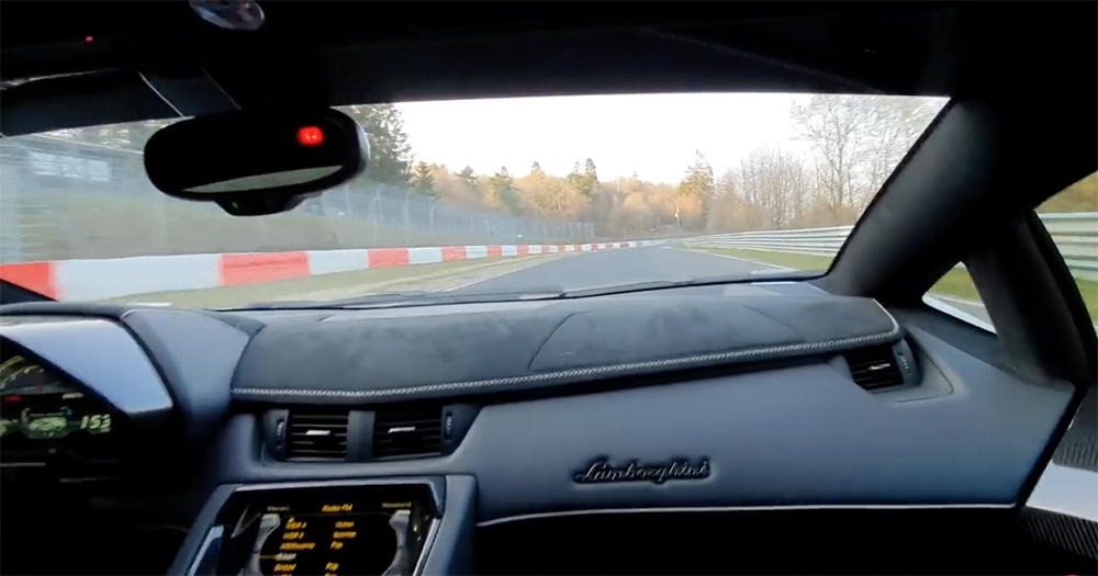 Filmpje: Lamborghini Aventador LP770-4 SVJ inrijden op de Ring