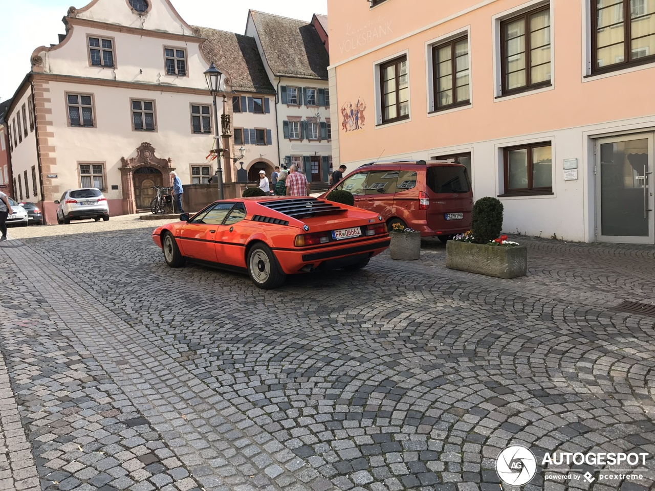 Italian styling, Bavarian engine-building artistry: BMW M1