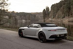De Aston Martin DBS Superleggera Volante is hier!