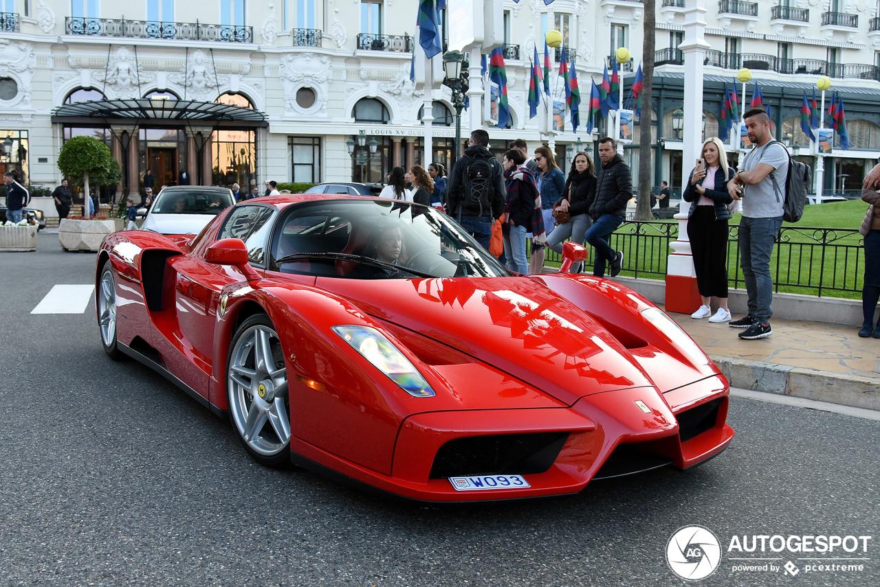 Monaco laat nieuwe Ferrari Enzo Ferrari zien