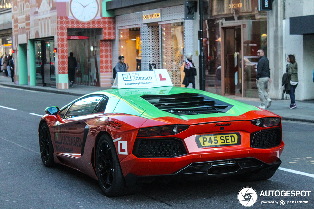 Learnerghini: krijg rijles in een Lamborghini