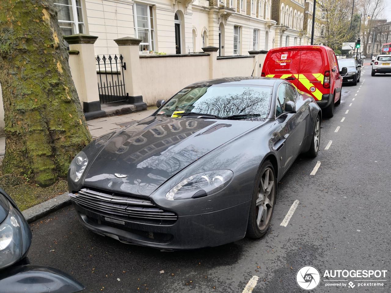 Aston Martin V8 Vantage kan wel wat liefde gebruiken