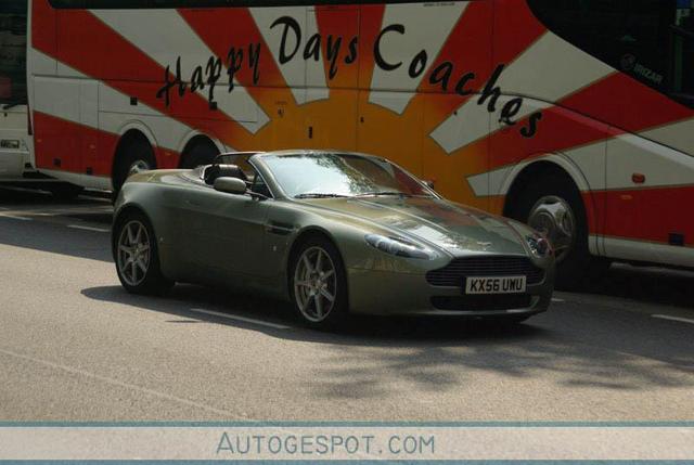 Gespot: Aston Martin AMV8 Vantage Roadster