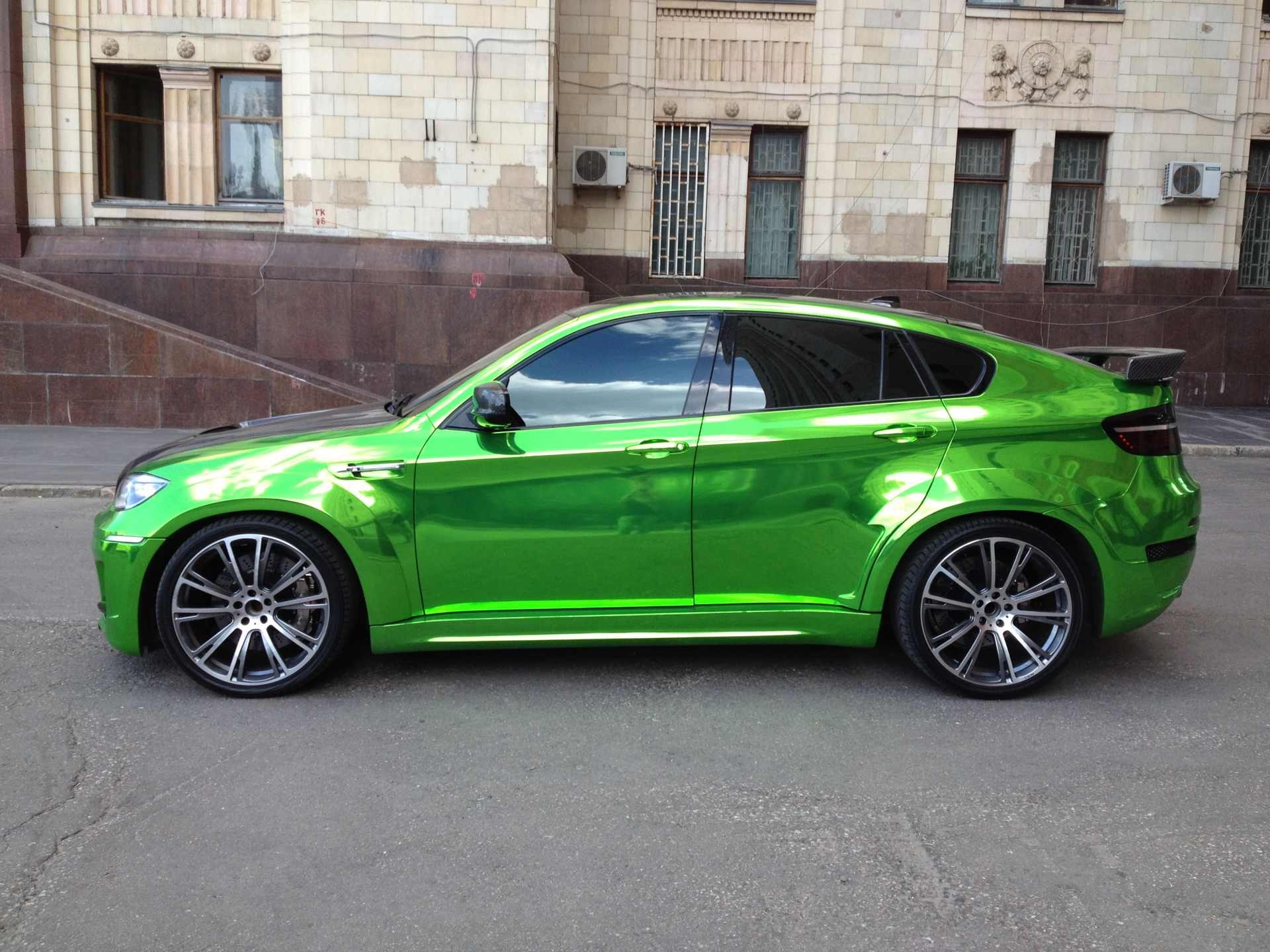 Green Car From Cars: Ready To Spot In Moscow: Chrome Green Lumma CLR X 650 M