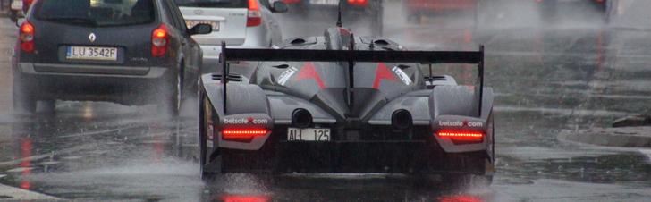 Rebellion R2K dar geriau atrodo po lietumi!