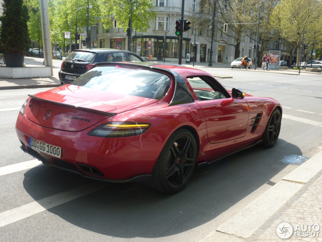 Mercedes-Benz SLS AMG Agrano, a car full of carbon fiber