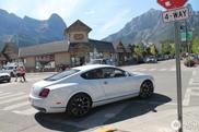 Kanadier mit Style fahren einen Bentley Continental SS