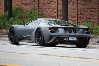 Nieuwe Ford GT ziet er sinister uit zonder lak