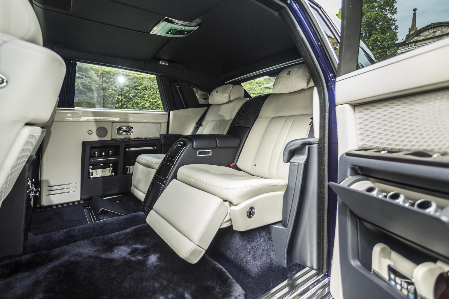 rolls royce phantom 2015 interior. villa du0027este 2015 rollsroyce phantom limelight collection rolls royce interior