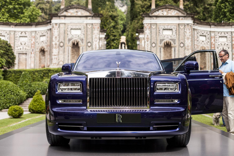 Villa d 39 este 2015 rolls royce phantom limelight collection for Interieur rolls royce