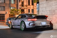 Spotted: Porsche 911 R with custom wheels