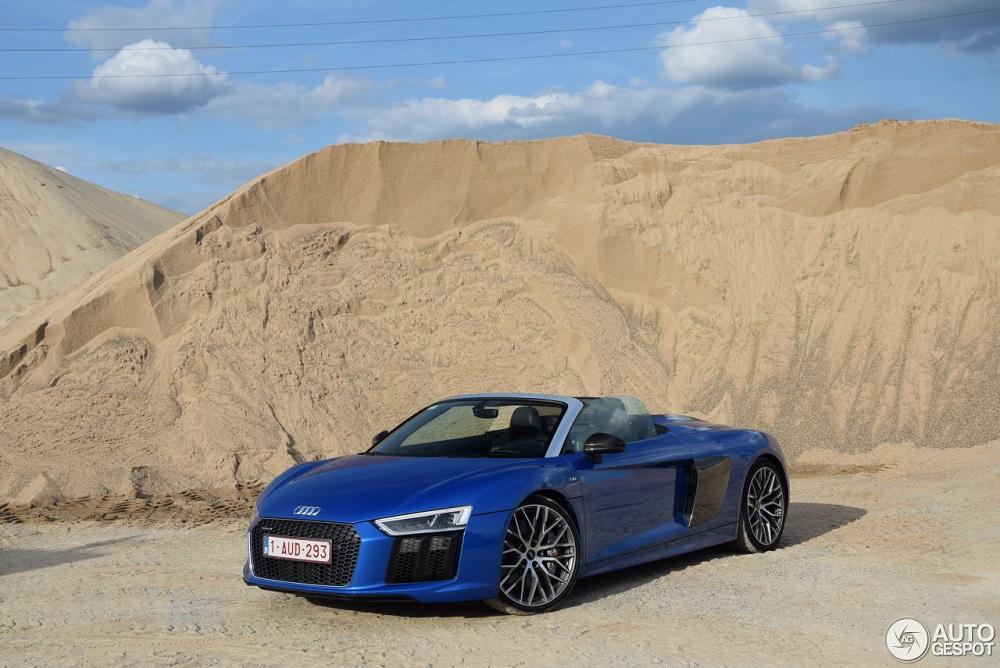 Audi R8 V10 Spyder geniet van een fotoshoot