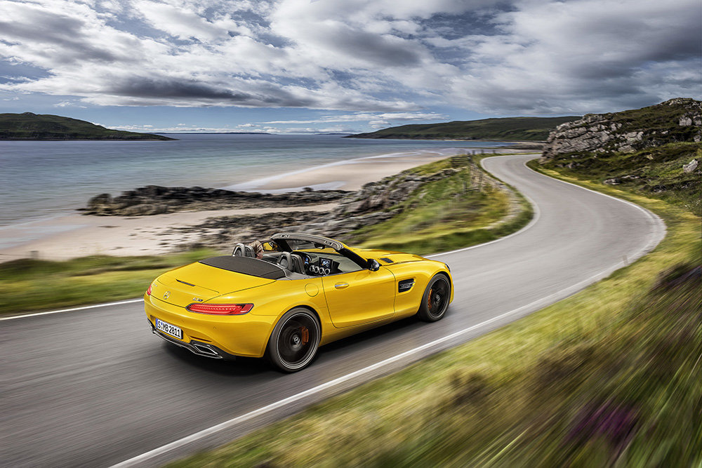GT S Roadster: New open-air member of the AMG GT family
