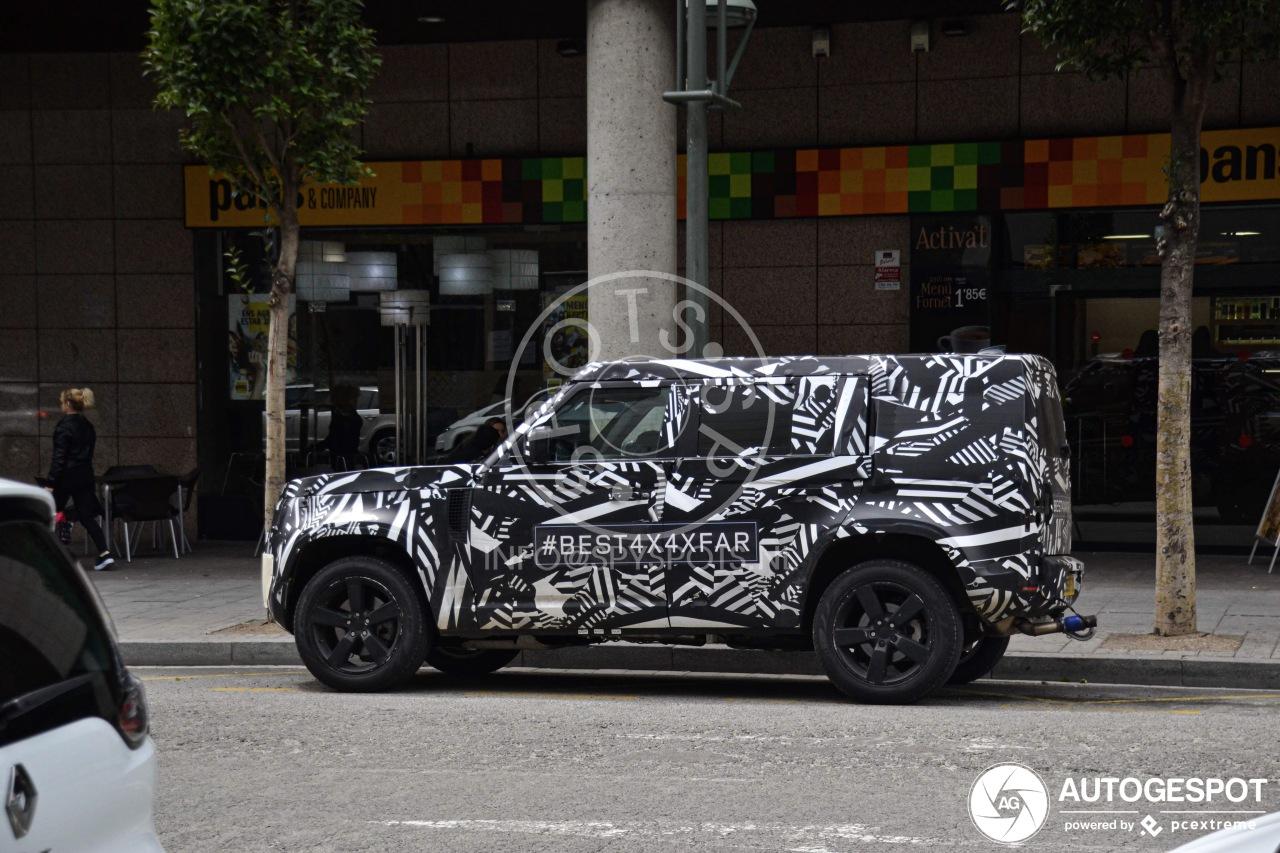 Hier rijdt de nieuwe Land Rover Defender