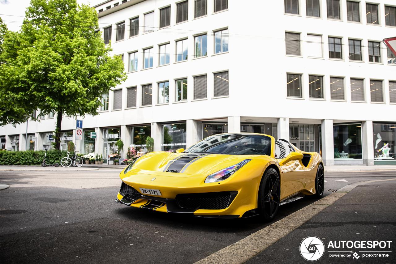 Ferrari 488 Pista Spider straalt in Zürich