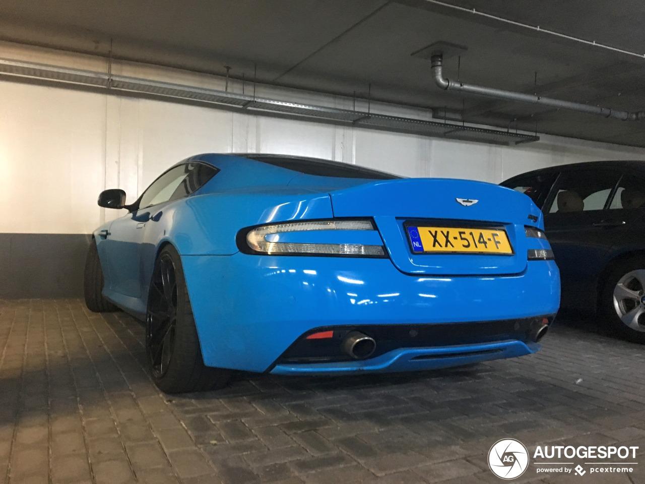 Aston Martin DB9 heeft een bijzonder kleurtje gekregen