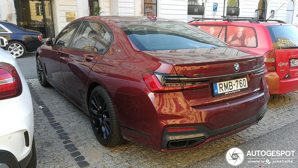 Gespot: nieuwe BMW M760Li xDrive maar met minder vermogen