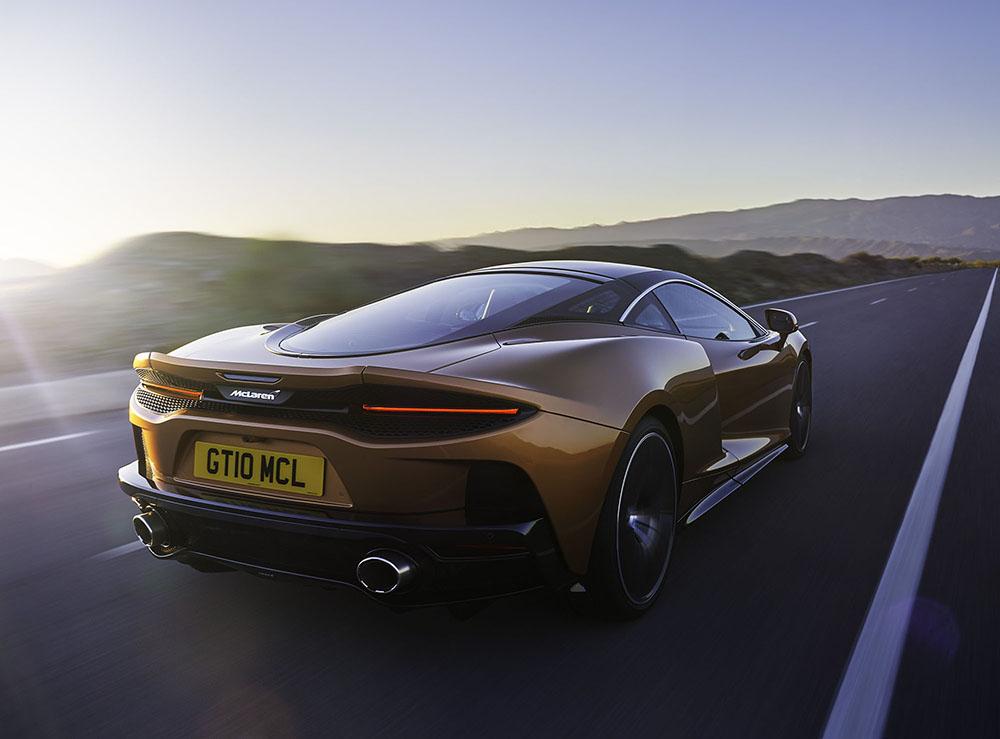 New McLaren GT: Superlight Grand Touring