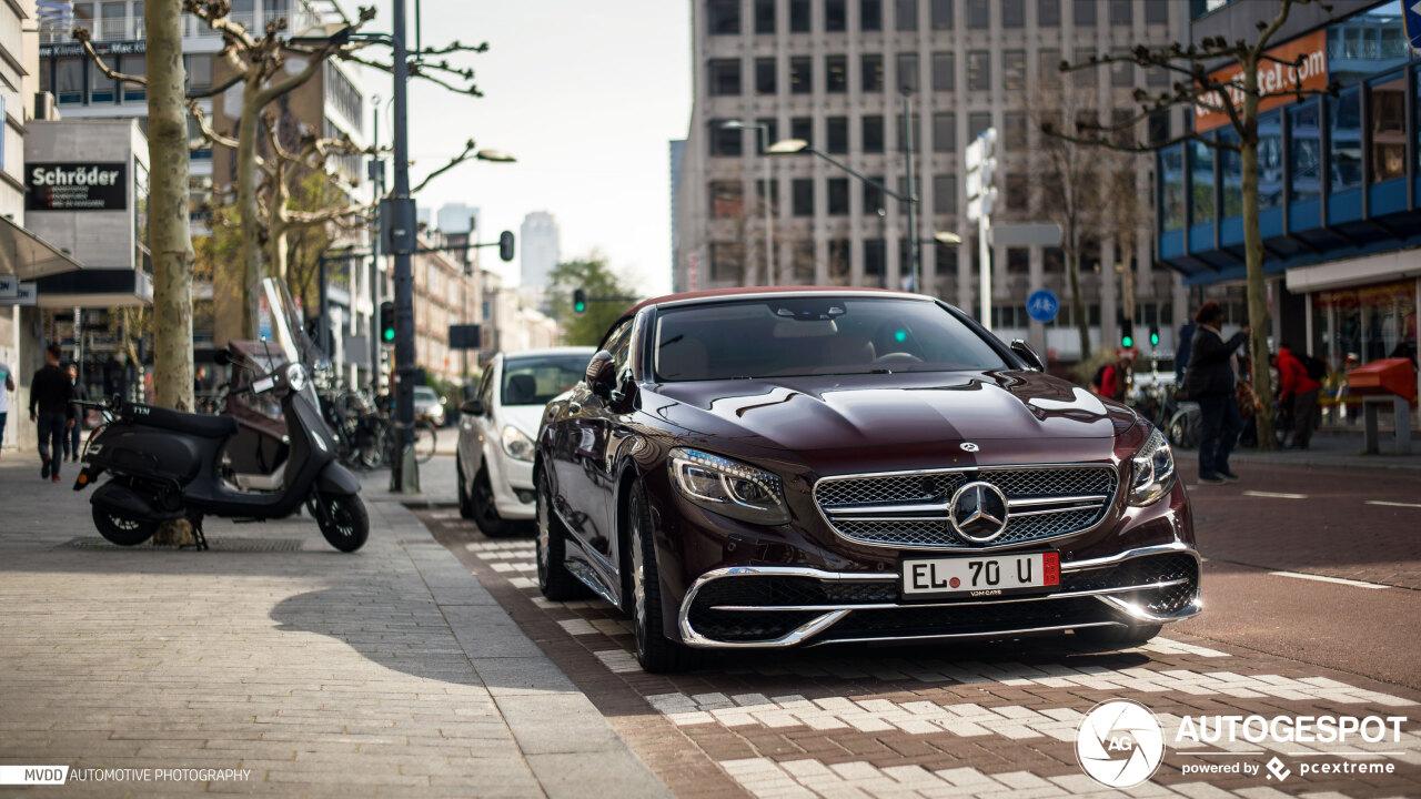 Hoe bereken je een Mercedes-Maybach S650 Cabriolet?