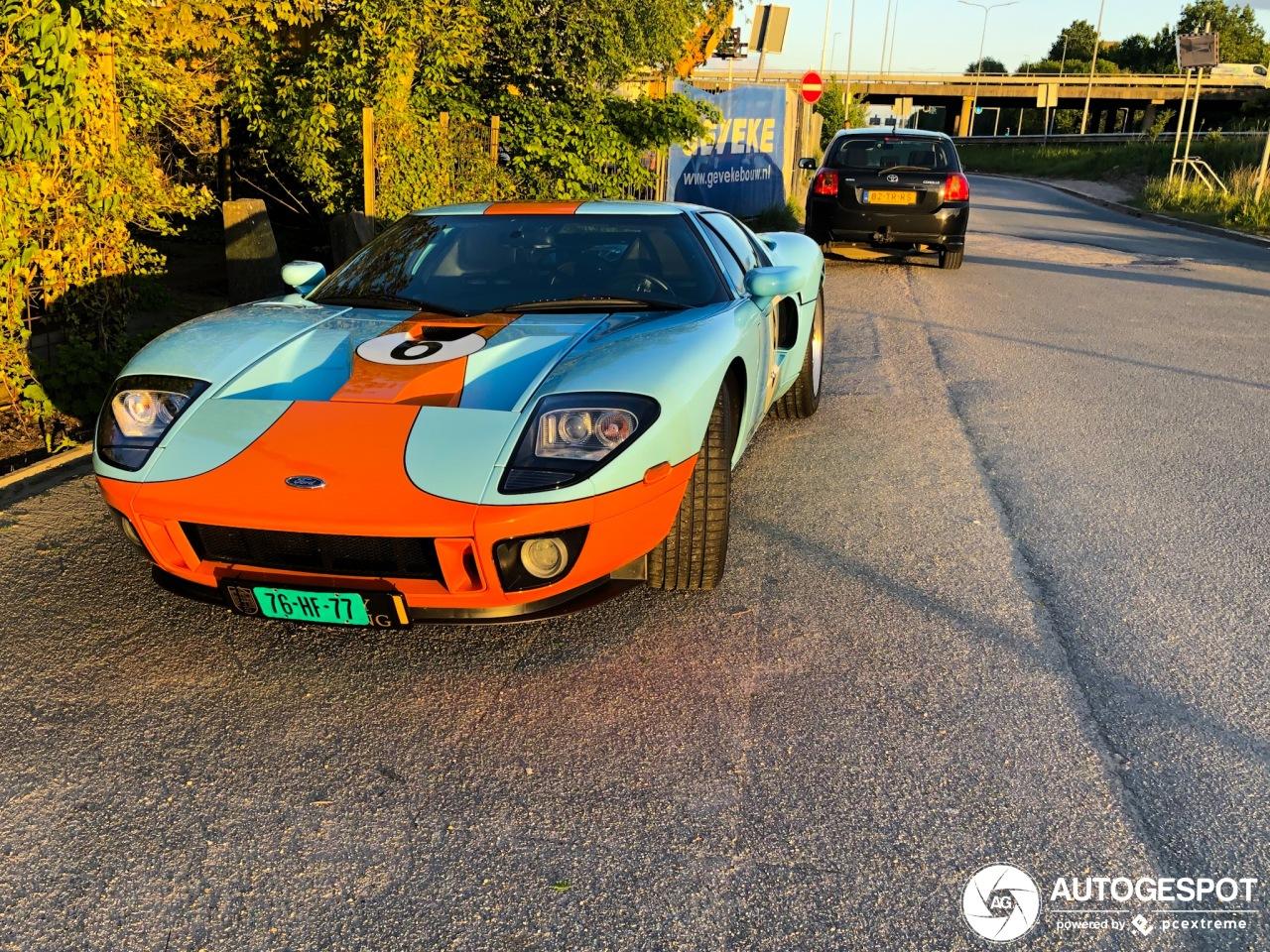 Spot van de dag: brute Ford GT in Groningen
