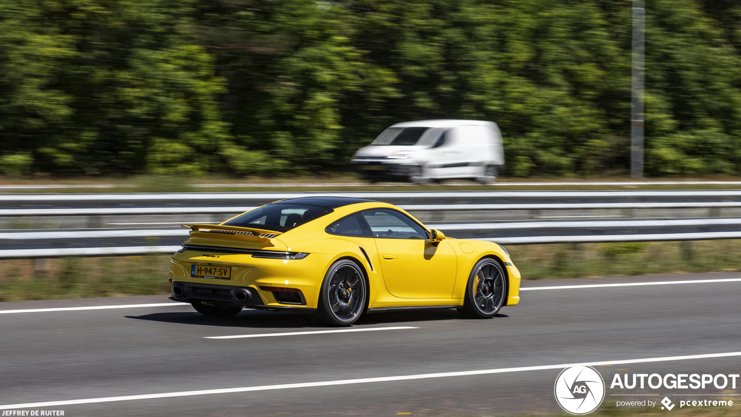 Spot van de dag: Porsche 992 Turbo S