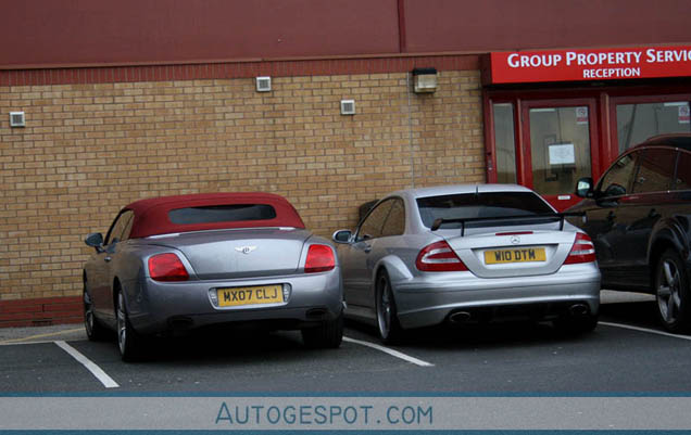 bentley continental v12 with Euro 2012 Wat Rijden De Internationals Update on This Is The Cadillac Elmiraj Concept further W12 engine moreover Classic Wedding Cars Sussex also Aston Martin Vantage Roadster Interior also 1954 Buick Skylark photo.